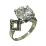 Inel de logodna din argint cu marcasite si CZ solitar