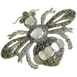 Brosa din argint cu marcasite si sidef albina